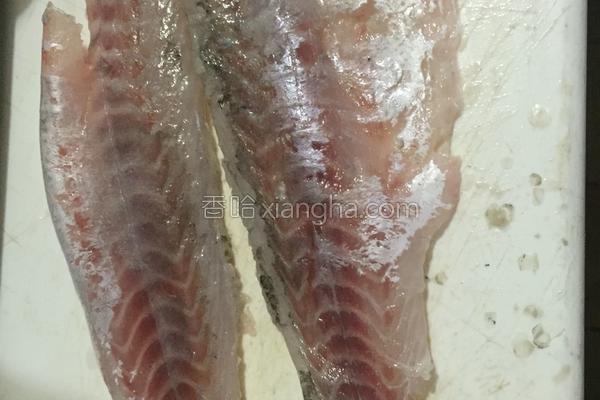 这道温州特色美食在家也能做,买点鱼肉和五花肉,给家人尝尝鲜!