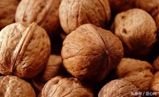 吐鲁番的葡萄哈密的瓜……再有人问新疆有撒特产,就这么告诉TA!