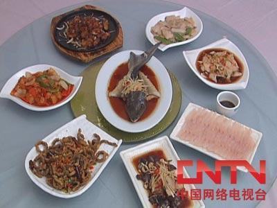 鲟鱼养殖一年四季养鲟鱼(2010.4.22)