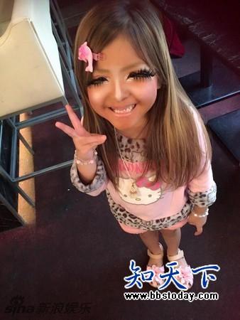 日本6岁小女孩画浓妆变辣妹:素颜是个萌妹子
