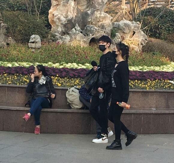 曝冯绍峰林允恋爱前任倪妮上热搜图片