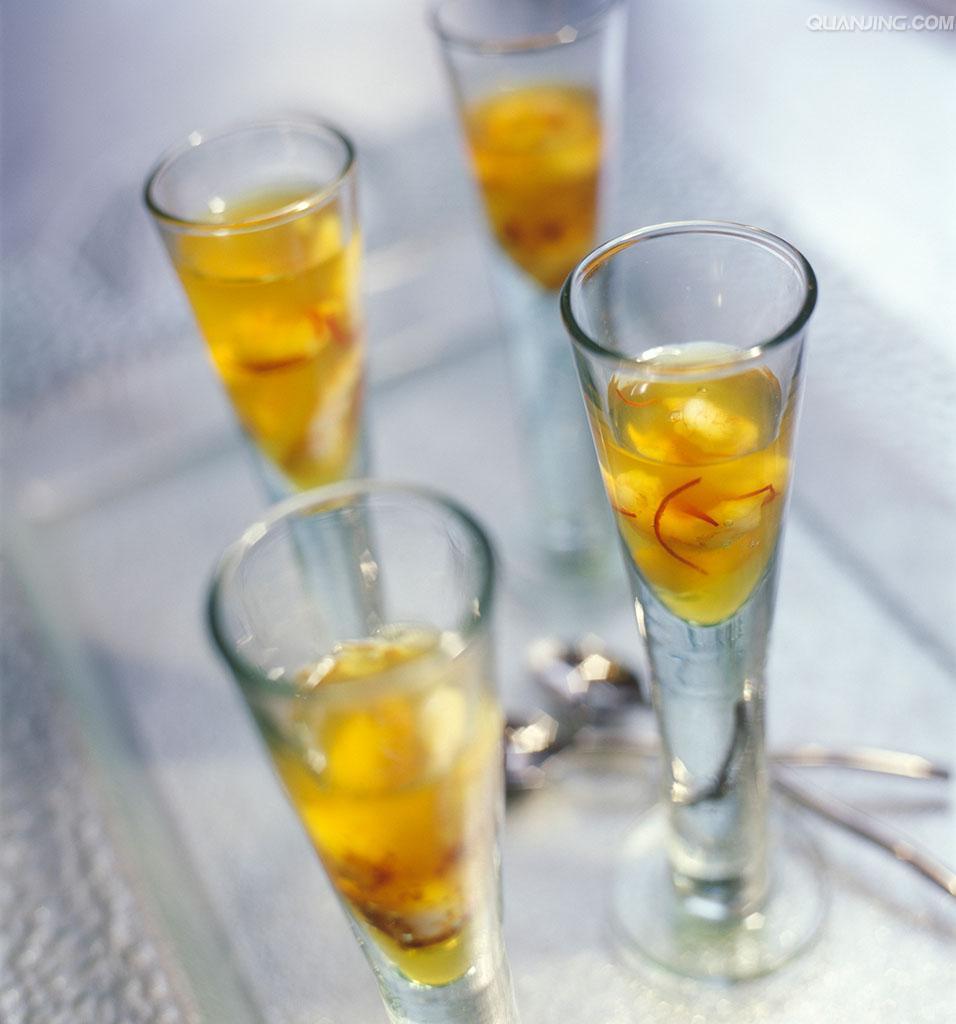 藏红花的功效与作用及禁忌 藏红花泡水喝的方