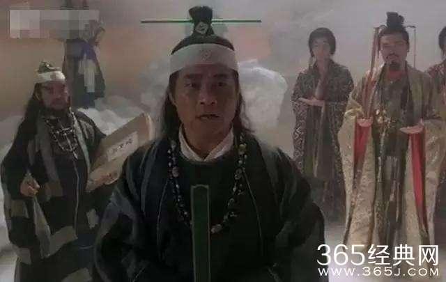 《赌圣》中追杀张敏的黑社会小混混,还询问星爷哪条道上的.
