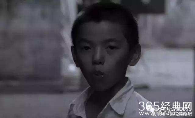 洋人擦逼视频_《功夫》里放开那女孩小正太,如今帅气逼人,有望参演《功夫2》