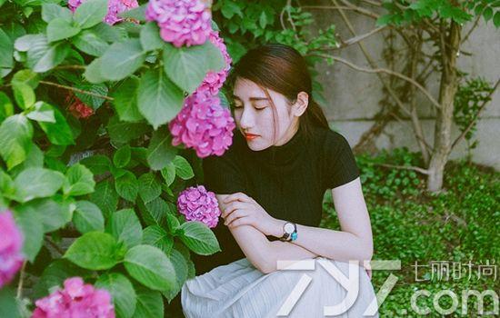 女人梦见整理花草
