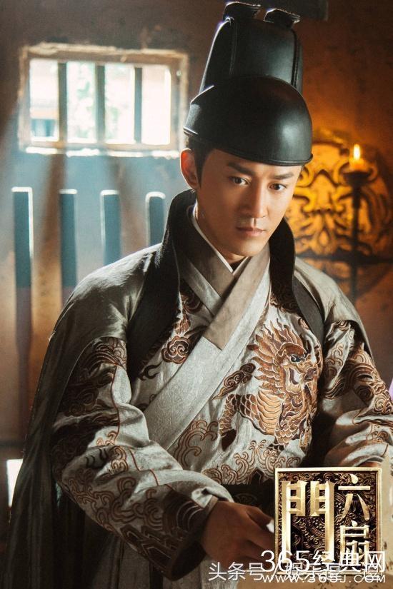 2011年主演的电影《白蛇传说》登国际票房榜周冠军 ;2014年凭借《使徒