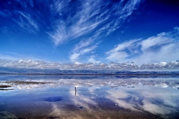 茶卡盐湖镜像世界风景图片 -头像