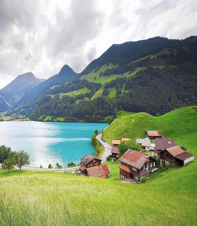 欧洲瑞士小镇唯美风景图片